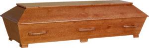 Rustik, enkel furukista i teakbets. Denna kista är extra lång och bred.